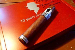 Zigarre auf Kiste